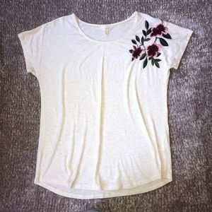 Adiva Cream Floral Embroidered Short Sleeve Top